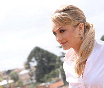 Каролина Крешентини