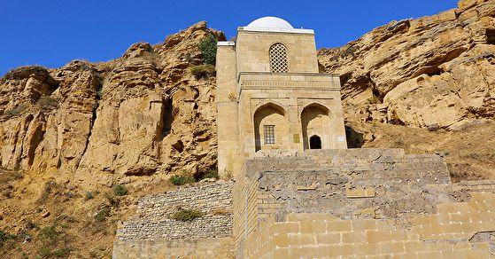 Азербайджан: викинги, халва и нефть