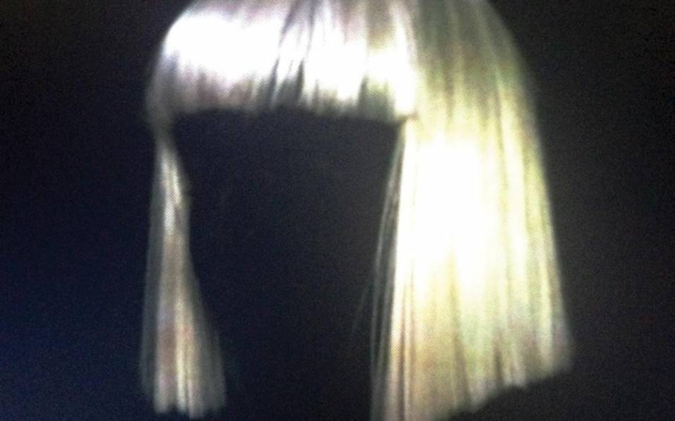 Sia «1000 Forms of Fear»