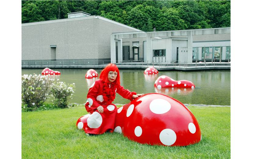 Yayoi Kusama with Guidepost to the New Space installed at Sapporo Art Park, Hokkaido Museum of Contemporary Art, Sapporo, Japan, 2004   Guidepost to the New Space, 2004
